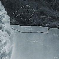 Tảng băng lớn nhất thế giới vừa tách khỏi Nam Cực, có diện tích bề mặt rộng hơn cả thủ đô Hà Nội