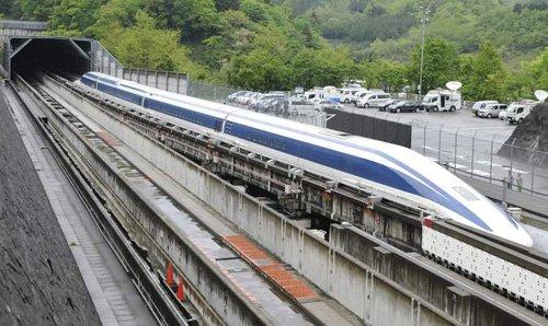 Tàu đệm từ Nhật Bản lập kỷ lục mới về tốc độ