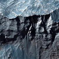 Tàu vũ trụ Mỹ chụp ảnh vực sâu nhất Hệ Mặt trời