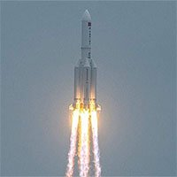 Tên lửa 21 tấn Trung Quốc rơi xuống Trái đất