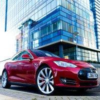 Tesla lặng lẽ ra mắt chiếc xe điện chạy xa nhất thế giới