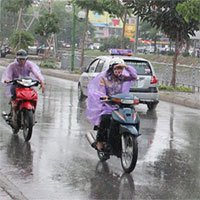 Thời tiết giao mùa vì sao hay mưa, làm con người biến đổi