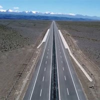 Thông xe đường cao tốc xuyên sa mạc dài nhất thế giới