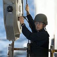 Tìm hiểu về vũ khí nhiệt và hệ thống liên lạc