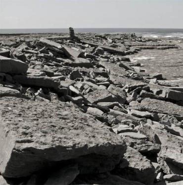 Tìm ra bí mật những tảng đá tự lăn tại Ireland