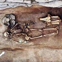 Tìm thấy hài cốt người phụ nữ gần 3.000 năm đeo đầy trang sức đồng