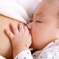 Tìm thấy loại đường kháng khuẩn trong sữa mẹ