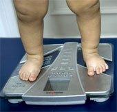 Trẻ dưới 2 tuổi dùng nhiều kháng sinh dễ bị béo phì