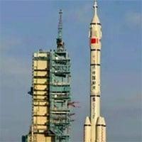 TRỰC TIẾP: Trung Quốc lần đầu tiên đưa người lên trạm vũ trụ