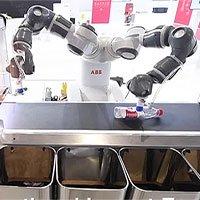 Trung Quốc ra mắt robot phân loại rác