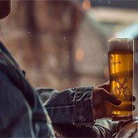 Uống rượu khi đang dùng thuốc kháng sinh có an toàn?