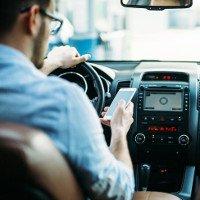 Vật lý chứng minh: chẳng ai vừa lái xe vừa nhắn tin mà lại an toàn cả
