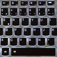 Vì sao chữ cái trên bàn phím máy tính không xếp theo thứ tự bảng chữ cái?