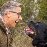Vì sao con người có xu hướng nói chuyện với vật nuôi, đồ vật?