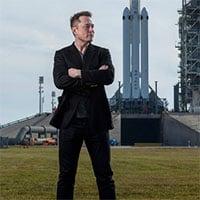Vì sao Elon Musk vẫn chưa bay lên vũ trụ?
