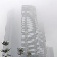 Vì sao Hà Nội chìm trong sương mù dày đặc từ sáng đến chiều?