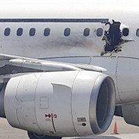 Vì sao hành khách bị hút ra ngoài trong vụ tai nạn máy bay chở 149 người?