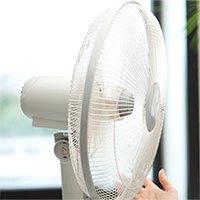 Vì sao khi trời quá nóng thì nên tắt quạt?