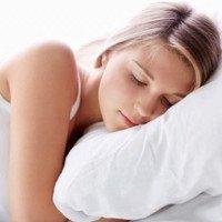 Vì sao nằm ngủ nghiêng một bên sẽ tốt cho não?
