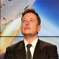 Vì sao SpaceX của Elon Musk liên tiếp giành được hợp đồng quân sự béo bở?