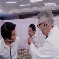 Video: Bác sĩ nhi với bí kíp dỗ trẻ nín khóc trong 30 giây