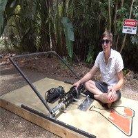 Video: Bẫy chuột khổng lồ bắt được cả voi, nghiền nát bét quả dừa