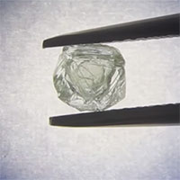 Viên kim cương bọc kim cương 800 triệu năm mới có một
