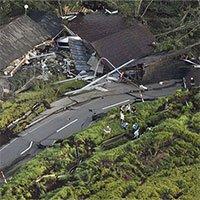 Vừa hứng siêu bão, Nhật Bản lại bị động đất