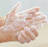 Xà phòng diệt khuẩn vô dụng vì chúng ta rửa tay quá vội