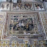 Xây khách sạn, đào phải 13 nền văn minh cổ đại