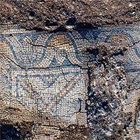 Xây sân chơi, đào được nhà thờ 1.300 tuổi và hàng loạt hài cốt Núi Biến Hình