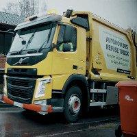 Xe tải chở rác của hãng Volvo có khả năng tự lái cực độc đáo
