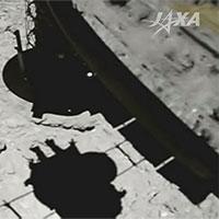 Xem khoảnh khắc tàu vũ trụ Hayabusa 2 của Nhật Bản đáp xuống tiểu hành tinh Ryugu