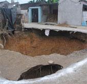 Xuất hiện thêm hố tử thần gần miệng hố cũ ở Thanh Hóa